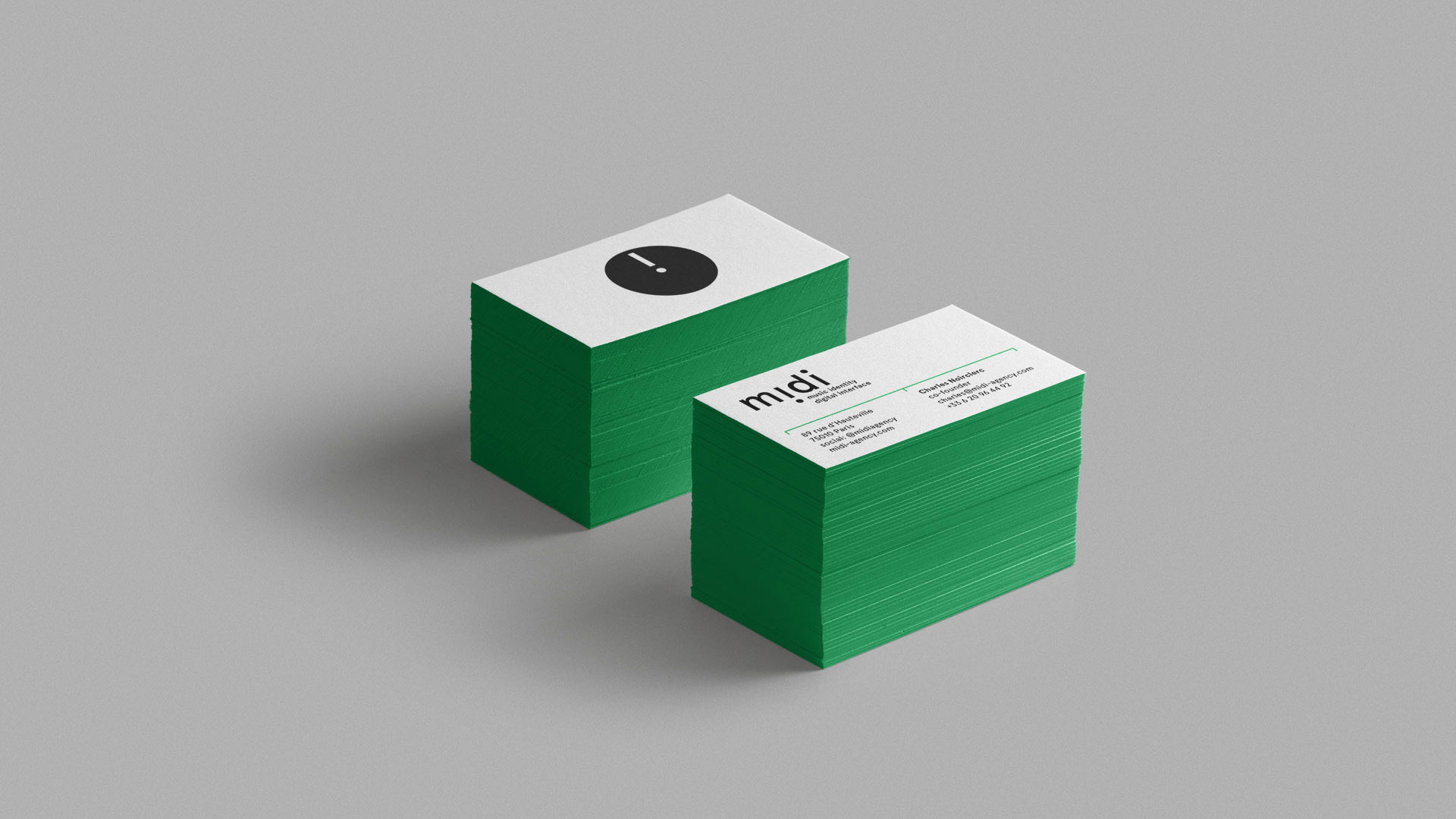 Business-Card-Midi-Graphic-Design-Identity-Stationary-Plastac16-89ok