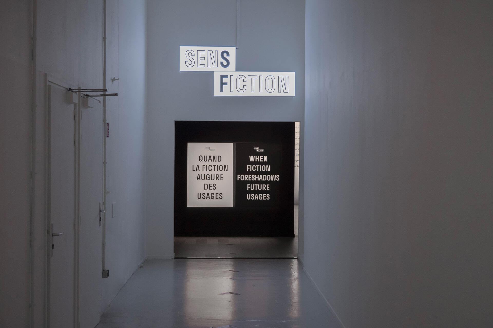 sens-fiction-signalétique-exposition-plastac